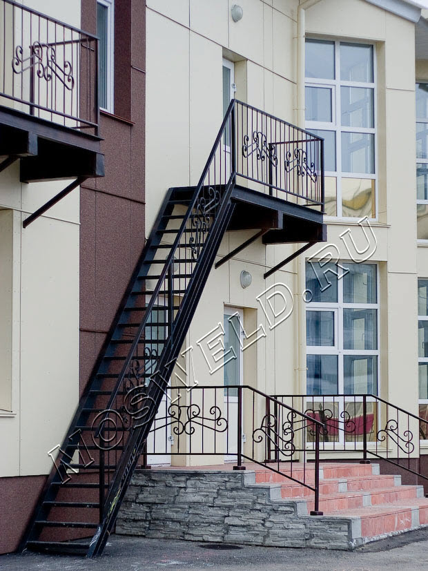 Лестницы металлические наружные своими руками