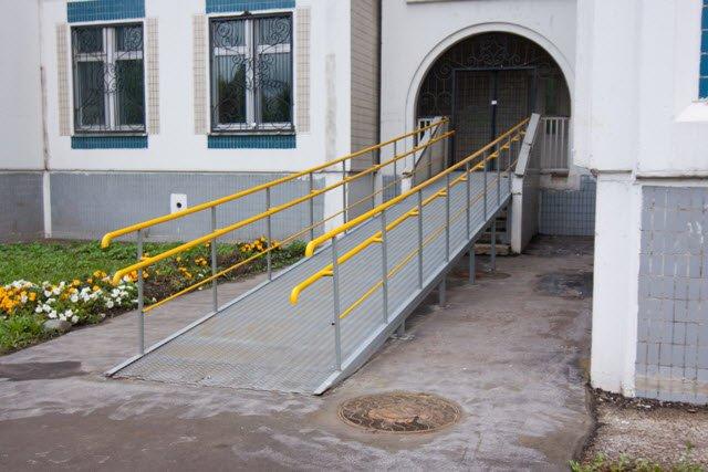 Городская поликлиника 114 школьная ул д.116 к.1